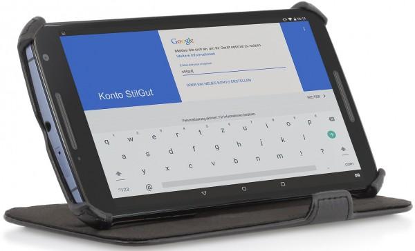 StilGut - Handyhülle für Google Nexus 6 mit Standfunktion