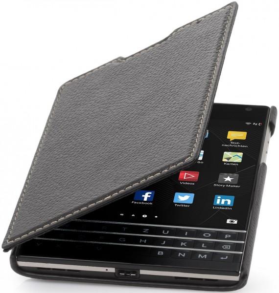 """StilGut - Handyhülle für BlackBerry Passport """"Book Type"""" aus Leder"""